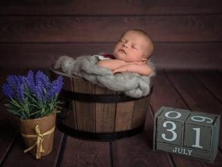 Newborn Shooting mit Geburtsdatum